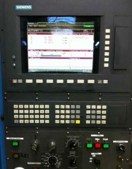 Фрезерный станок с ЧПУ HYUNDAI SPT V-18S